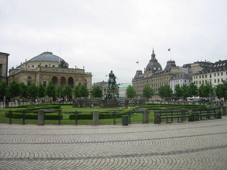 Kongens Nytorv i København