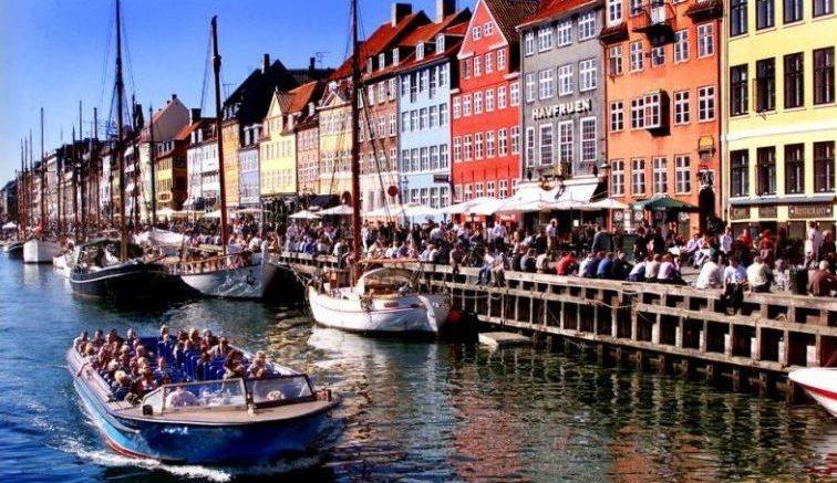 Netto-Bådene i Nyhavn