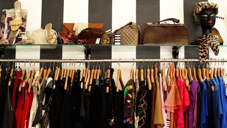 vintage shopping in ljubljana - divas preloved vintage store in ljubljana_x960